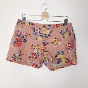 Old Navy pink floral shorts size 10